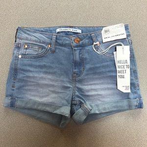 Celebrity Pink Light Wash Jean Shorts